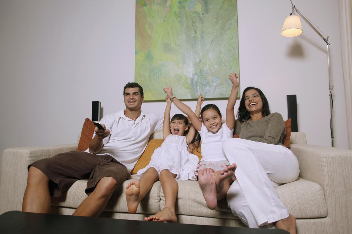 5 razloga da stavite televizor na TV držač (nosač)