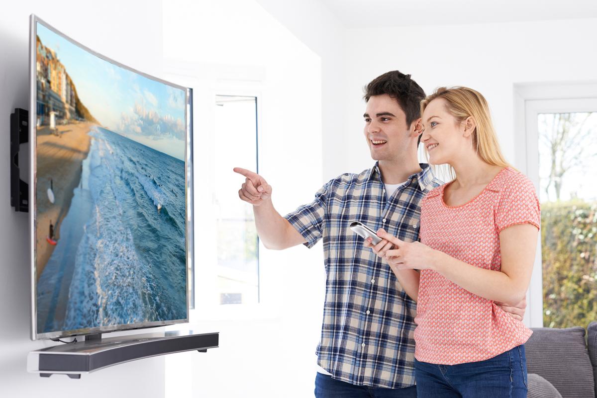 Prednosti I Mane Zakrivljenih Televizora